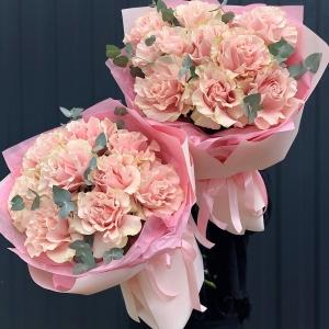 Букет 305 с розами